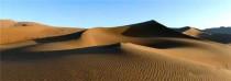 长城摊铺机穿越巴丹吉林沙漠