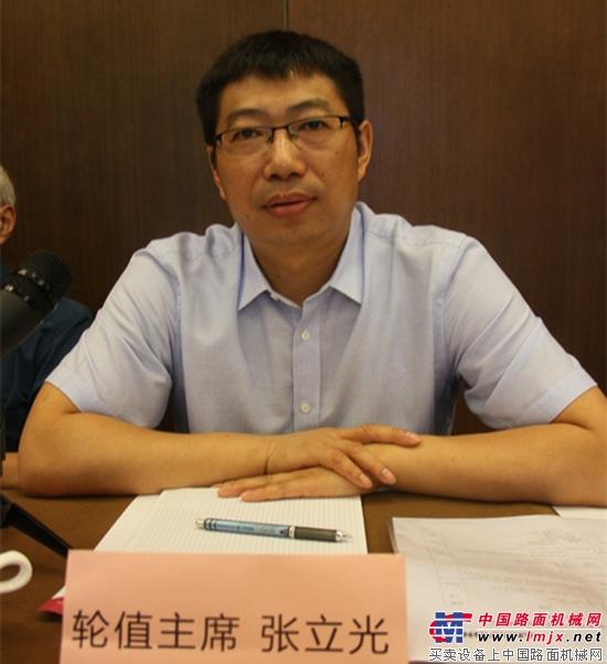 高峰会议轮值主席安迈工程设备(上海)有限公司总经理张立光