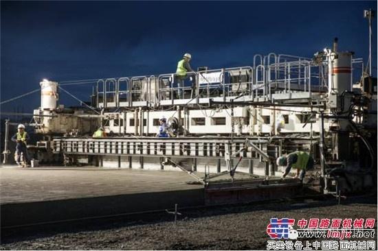 高质量自动化施工方式 —— SP 500 在中国机场的应用