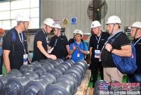柳工锐斯塔公司工会组织与公司总部基层工会组织交流