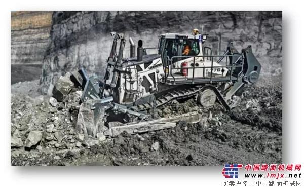世界上最大的静液压驱动推土机签约中国