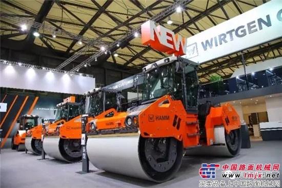 悍马 13 吨级新型 HD O138V 双钢轮振荡压路机