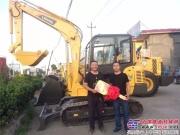 掘金利器——雷沃FR60E挖掘机助孔老板实现梦想