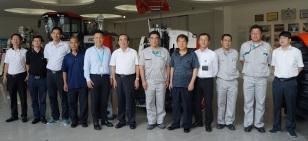 国务院参事一行访问久保田农业机械有限公司