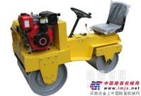 小型压路机的优势以及挡泥板装置的作用