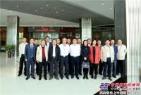 甘肃路桥到访南方路机并签订战略合作伙伴协议