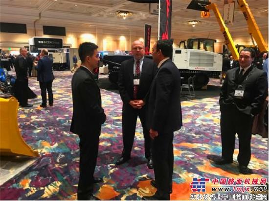 山推参展北美工程机械AED峰会暨CONDEX展会