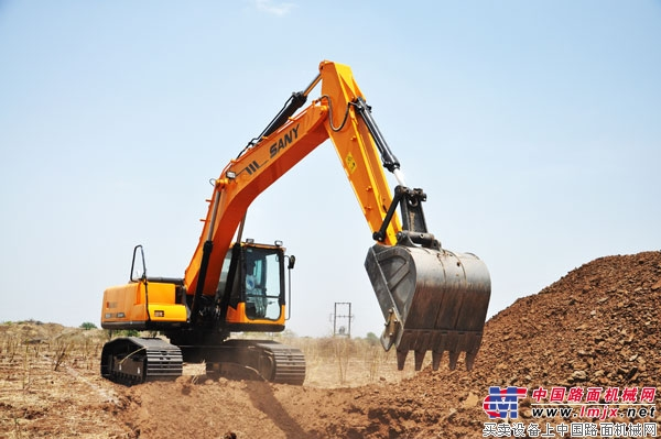 三一重工年销近3万台挖掘机 国内市场份额超过20%