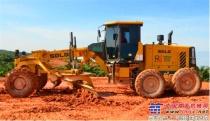 山东临工平地机出色性能扬威马来西亚公路建设