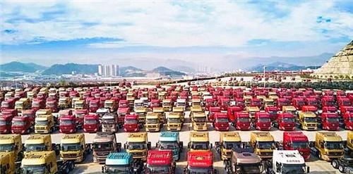 重卡11万辆大涨三成 客车全线上扬 1月商用车数据出炉