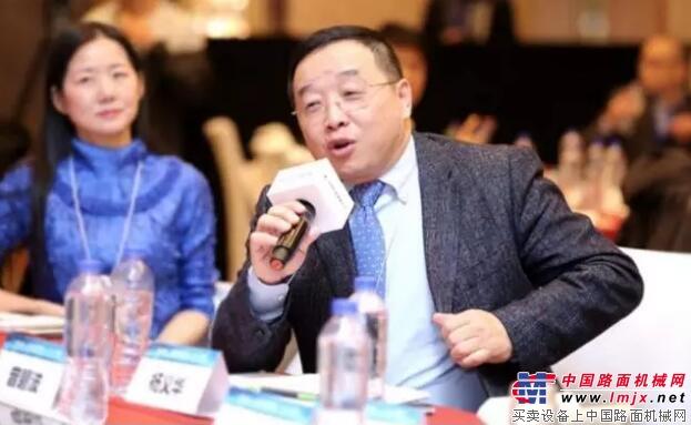 仟里马器具供应链股份拥有限公司董事长杨义华