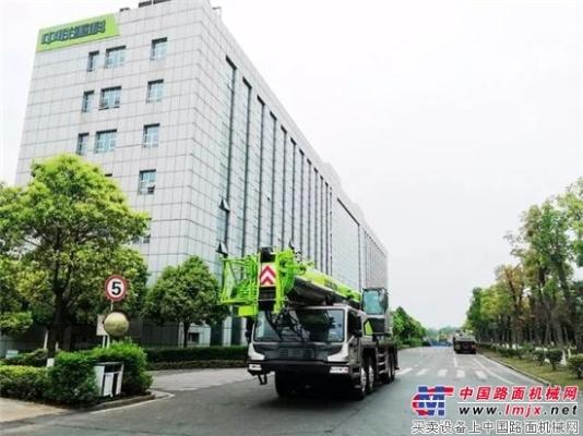 中国制造4.0汽车起重机亮相沙特 助建225亿美元重点工程!