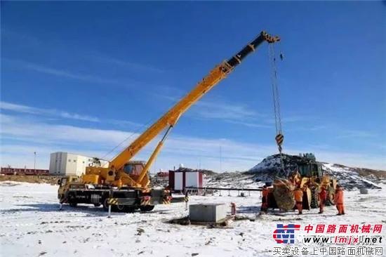 柳工起重机劈冰斩浪,助力南极科考十年获好评