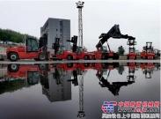 卡尔玛交付中国区首批智选系列叉车至大连港散杂货码头公司
