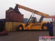 徐工起重机械:60万TEU通江达海抵路,有它就稳了!