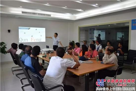 尼泊尔考察团到访,群峰展示中国制造魅力