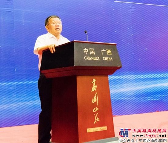 """柳工获""""广西十佳企业"""" 曾光安获""""广西十佳企业家"""" 【柳工6"""