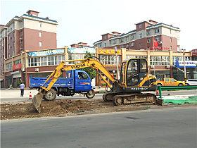 玉柴小挖在施工
