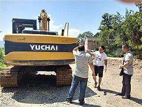 玉柴YC135-9挖掘机颜值超群