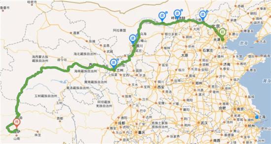 利勃海尔推土机亮相西藏5400米高原