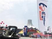 柳工强悍设备出击第15届中国—东盟博览会