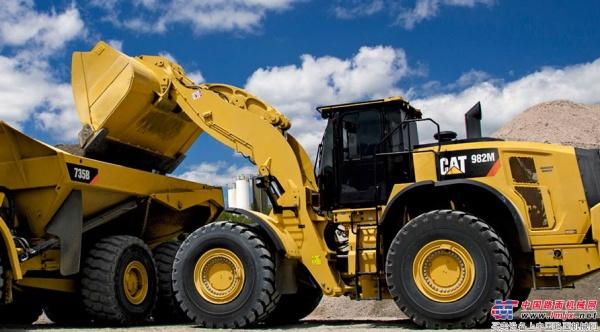 """Cat®(卡特)982M中型轮式装载机以""""效""""制胜"""