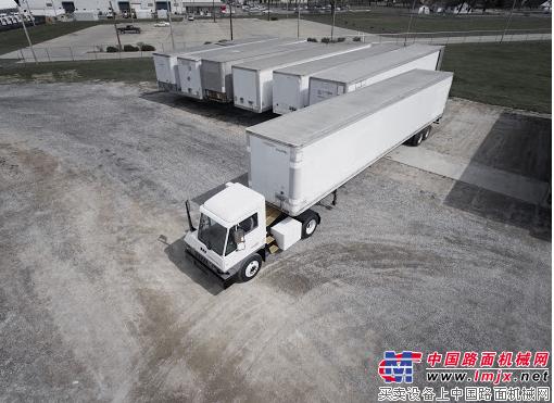 卡爾瑪T2E電動碼頭牽引車助力美國長灘港節能減排