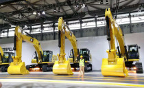 新一代Cat®(卡特)大型挖掘机让采石作业变得更轻松