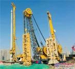 葛洲坝基础公司南京江北新区地下空间一期工程,宝峨双轮铣、液压抓斗、旋挖钻机同场施工默契配合