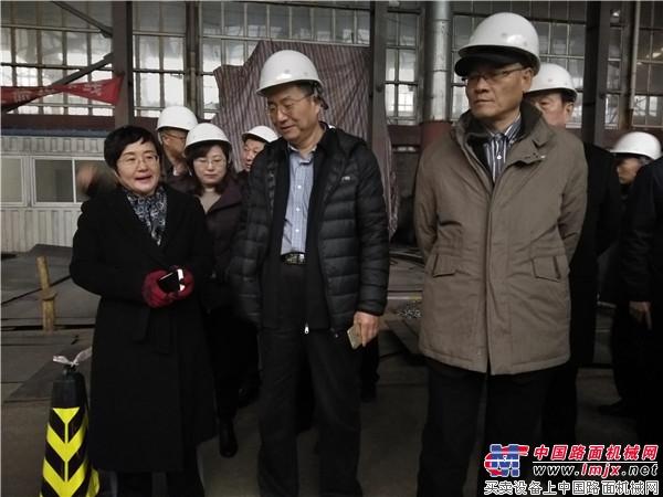 第九届中国沥青搅拌设备行业主峰会在京举行
