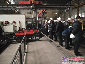 中国沥青搅拌设备行业高峰会议参观工厂