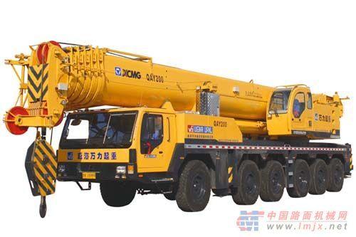 出租200吨全地面起重机