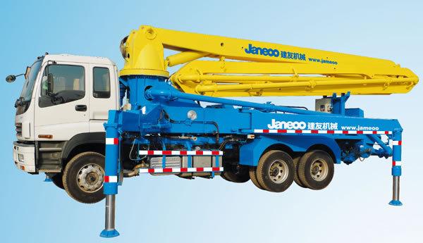 山推建友SDX5251THB混凝土输送泵车目光冰冷