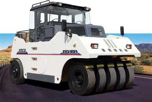 道辰格DG261/DG301/DG262/DG302型轮胎压路机高清图 - 外观