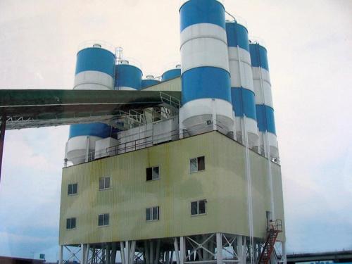 百巨建机混凝土搅拌站