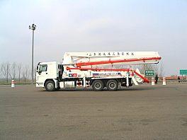 鸿达HDT5291THB / ZZ5307N4647C泵车