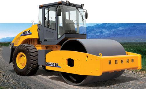 道辰格DG202J / DG222J单钢轮压路机高清图 - 外观