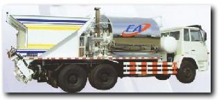 欧亚机械CB 638同步碎石封层车高清图 - 外观