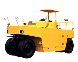 酒井TS650C轮胎式压路机高清图 - 外观
