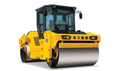 徐工XD122液压驱动双钢轮振动压路机