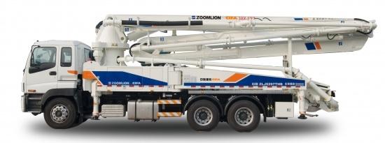 中联重科38米五节臂系列混凝土泵车