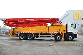普茨迈斯特M 49-5RZ泵车