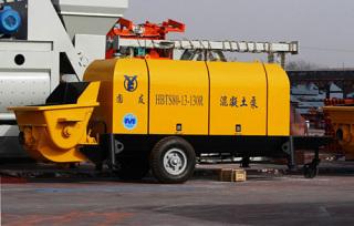圆友重工HBTS80R混凝土柴油机输送泵