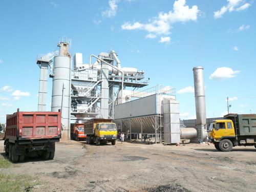 吉公ZJ2000厂拌热再生设备