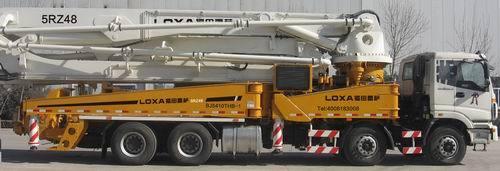 雷萨重机48米泵车