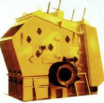 东方冶矿硬岩反击式破碎机高清图 - 外观