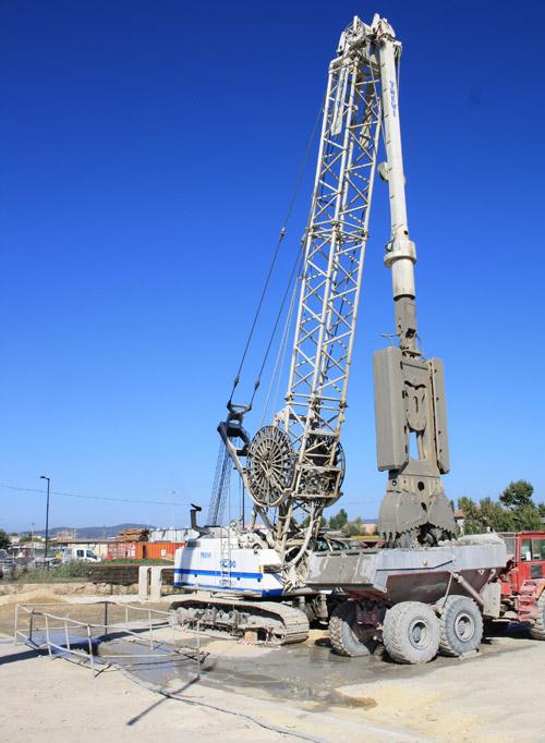 土力机械BH-12液压抓斗高清图 - 外观