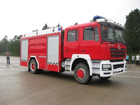 陕汽德龙F3000 8吨泡沫消防车