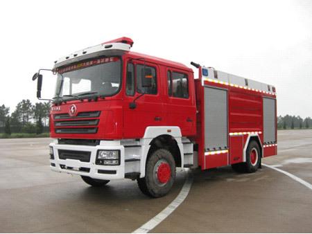 陕汽德龙F3000 8吨水罐消防车