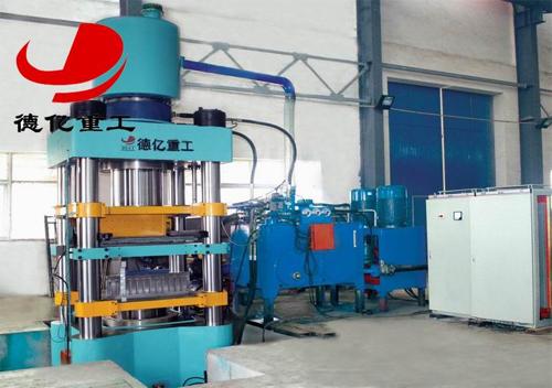 德亿重工DYS850型多功能液压砖机高清图 - 外观